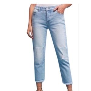 Pilcro Hyphen patch distressed crop jeans